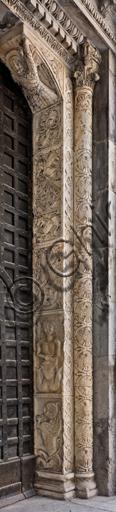 Genova, Duomo (Cattedrale di S. Lorenzo), lato nord, portale di S. Giovanni Battista (prima metà del sec. XII): stipite destro, di maestri antelamici e campionesi.