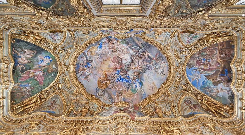 Genova, Palazzo Carrega-Cataldi (già Palazzo Tobia Pallavicini): la Galleria, con affreschi rococò di Lorenzo De Ferrari (1740-44). Nella volta: l'Olimpo. Nelle mezzelune: storie di Enea.Patrimonio mondiale dell'Umanità Unesco.