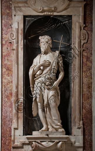"""Genova, Duomo (Cattedrale di S. Lorenzo),  Cappella di San Giovanni: """"S. Giovanni Battista"""", di Andrea Sansovino, statua in marmo entro nicchia, 1504."""