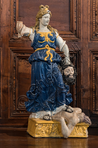 """""""Judith and Holofernes"""", by Giovanni Della Robbia's workshop, glazed terracotta, second half of the 15th century - early 16th century."""