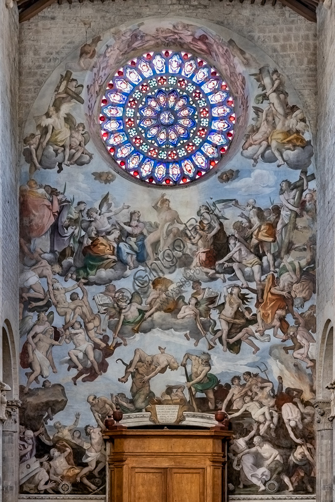 "Todi, Cathedral of Santissima Annunziata or Duomo: the Counterfaçade with the fresco ""The Last Judgement"", by Ferraù Fenzoni known as Ferraù da Faenza, or il Faezone, 1596 and the rose."
