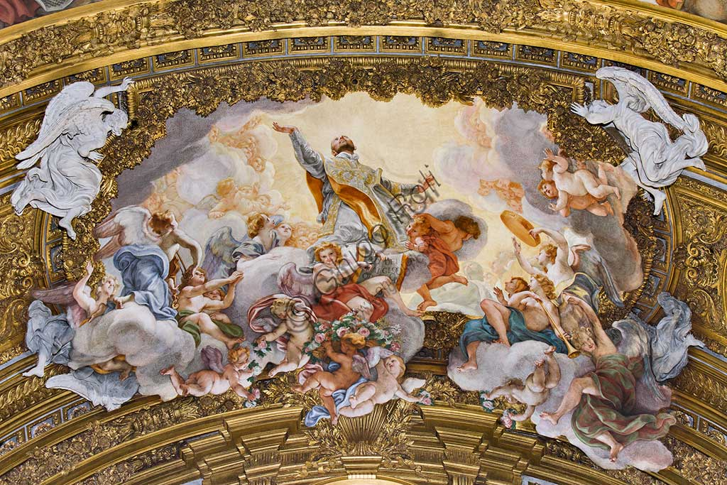 "Church of Jesus, the interior: the vault of the chapel of St. Ignatius of Loyola (here buried) with ""Glory di St. Ignatius"", fresco by Baciccia (Giovan Battista Gaulli), 1679."