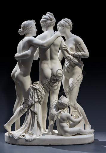 """""""Le Grazie con Cupido"""", 1820-2, di Bertel Thorvaldsen (1770 - 1844), marmo di Carrara. Parte posteriore"""