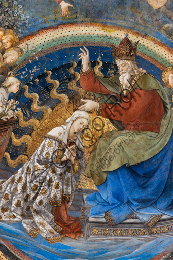 """Spoleto, the Duomo (Cathedral of S. Maria Assunta), presbytery, apse bowl-shaped vault: """"Coronation of Mary"""", fresco by Filippo Lippi, helped by Fra' Diamante and Pier Matteo d'Amelia, 1468-9. Detail."""