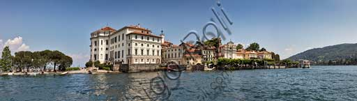 Isola Bella: the Borromeo Palace. On the right hand side, the village with its church. the village and its church.