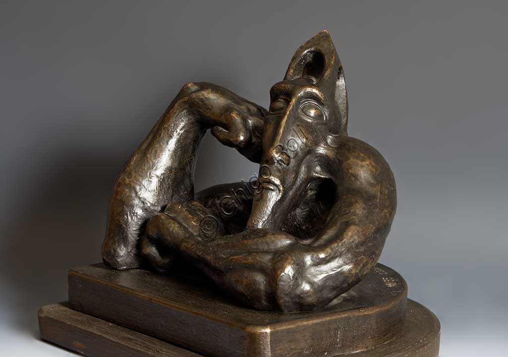 "Assicoop - Unipol Collection: Mac Mazzieri (1947 - 1988), ""The Ancient Arab"". Bronze, h cm 26."