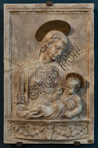 "Master of Madonna Piccolomini (copy): ""Madonna and Infant Jesus""; second half XV century, marble."