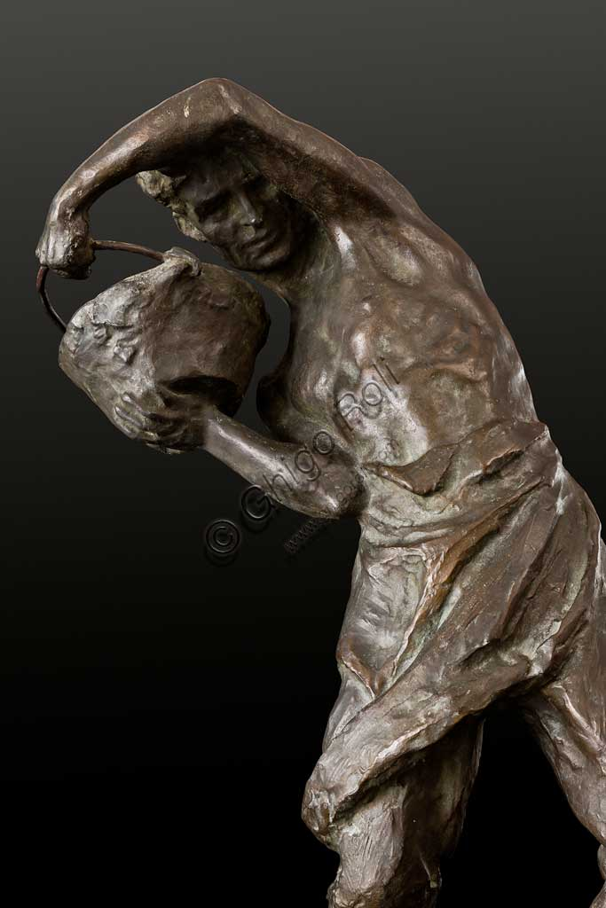 "Assicoop - Unipol Collection: Ivo Soli (1898 - 1976), ""Manual Labourer"", bronze, h. cm 67. Detail."