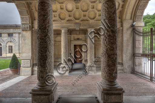 Mantua, Palazzo Te (Gonzaga's Summer residence): the entrance atrium (hall).