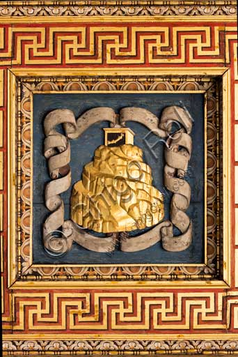 Mantua, Palazzo Te (Gonzaga's summer residence), Sala dei Cavalli (Hall of the Horses), the coffered ceiling: one of the 15 lacunars. This one represent the Mount Olympus device (emblem).