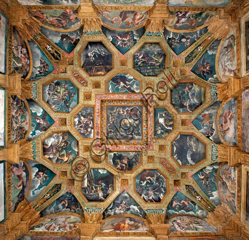 Mantua, Palazzo Te (Gonzaga's summer residence), Sala di Amore e Psiche (Chamber of Cupid and Psyche): view of the vault, with frescoes by Giulio Romano and his assistants (1526 - 1528). Giulio Romano got his inspiration from Apuleius' Metamorphoses.
