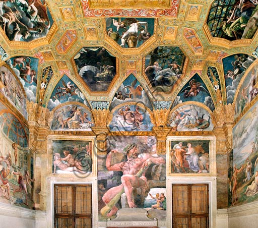 Mantua, Palazzo Te (Gonzaga's summer residence), Sala di Amore e Psiche (Chamber of Cupid and Psyche): east wall. At the centre, Polyphemus, on the left Zeus and Olympia, on the right Pasiphaë. Frescoes by Giulio Romano (1526 - 1528) who got his inspiration from Apuleius' Metamorphoses.
