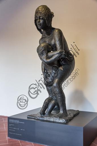 """Museo Novecento: """"Maternità"""", di Antonietta Raphaël (Antoniette de Simon Raphaël), 1964. Bronzo."""
