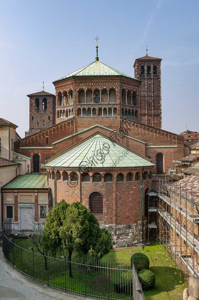 MIlano, Basilica di S. Ambrogio: veduta delle absidi.