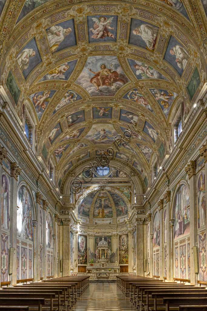 Milano, Certosa, interno: veduta della navata centrale.