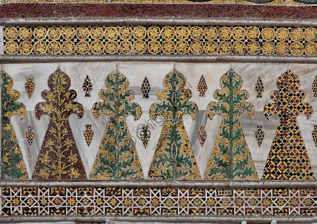 Monreale, Duomo: mosaic decoration with little palm tree motifs. This 12th century mosaic of Arab - Norman style, it is among the oldest and most intact ones of the cathedral.