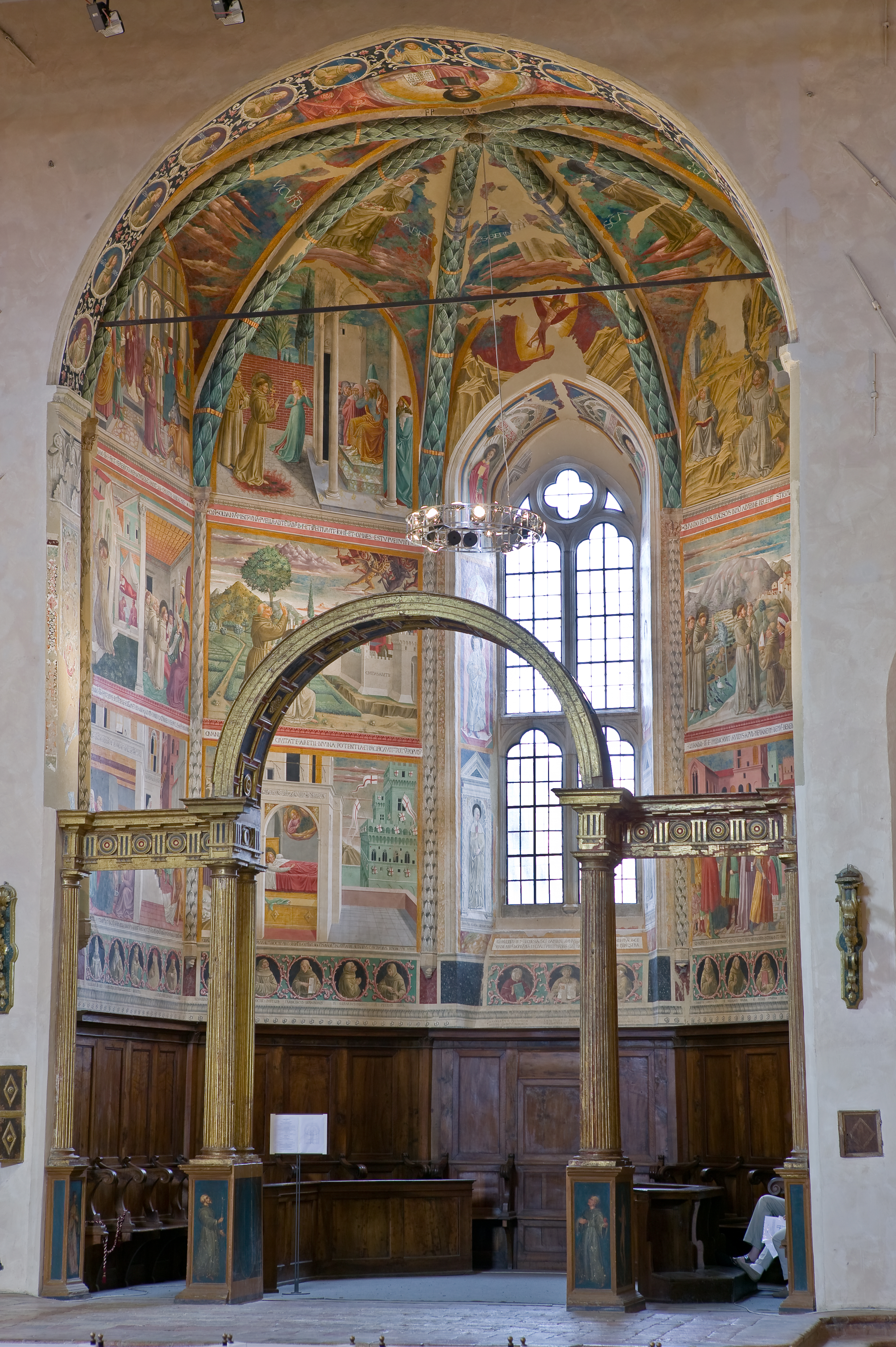 Montefalco, Museum of St. Francis, Church of St. Francis: the central apse with frescoes on the life of St. Francis, by Benozzo Gozzoli, 1450.