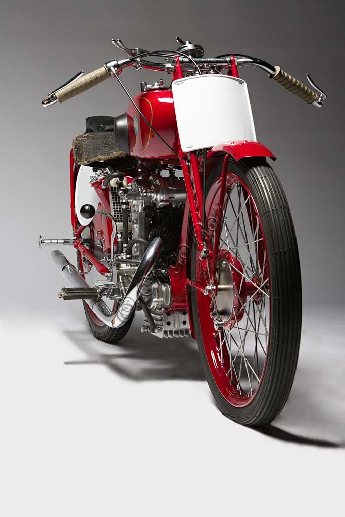 Ancient Motorbike Benelli 175 Bialbero Corsa