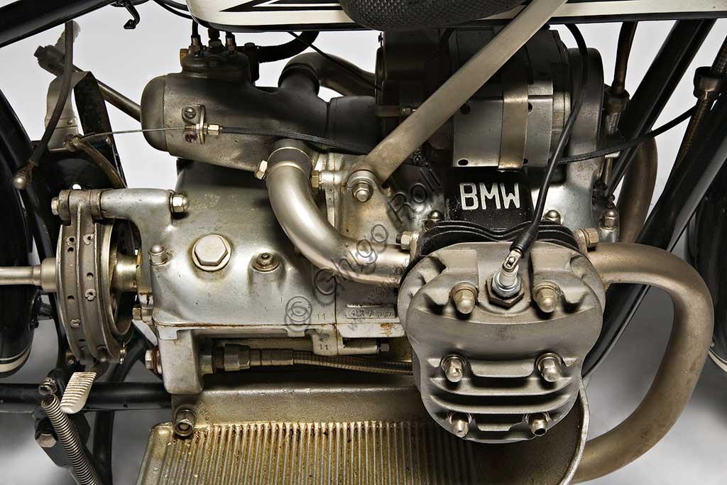 Ancient Motorbike BMW R 42. Engine.