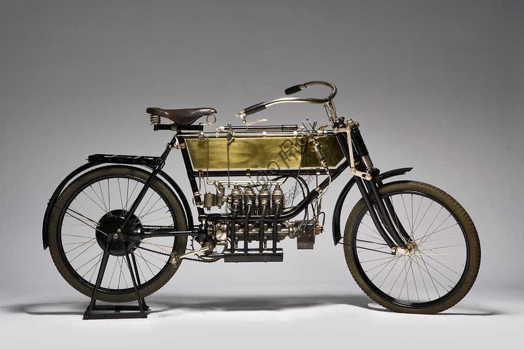Ancient Motorbike FN Quattro Cilindri