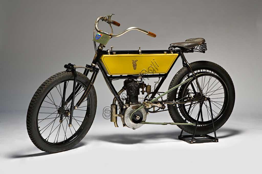 Ancient Motorbike Griffon  tipo Corsa.