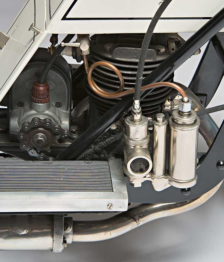 Ancient Motorbike Kingsbury Scooter. Engine.
