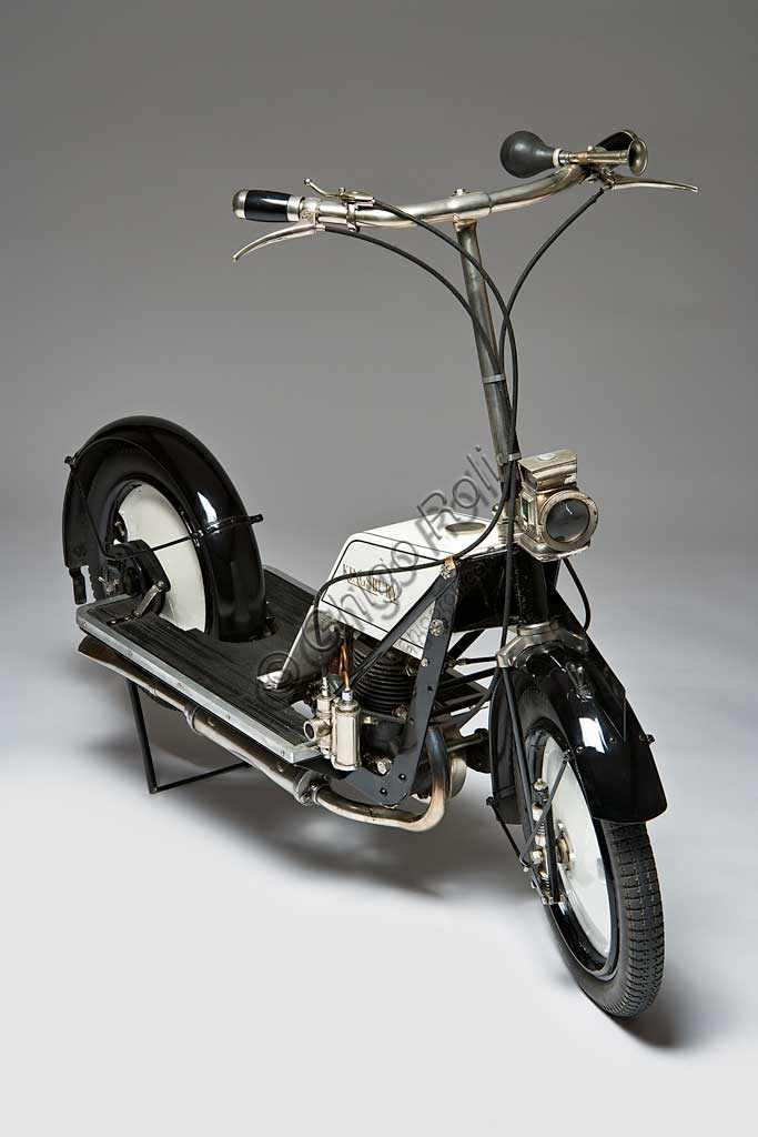 Ancient Motorbike Kingsbury Scooter.