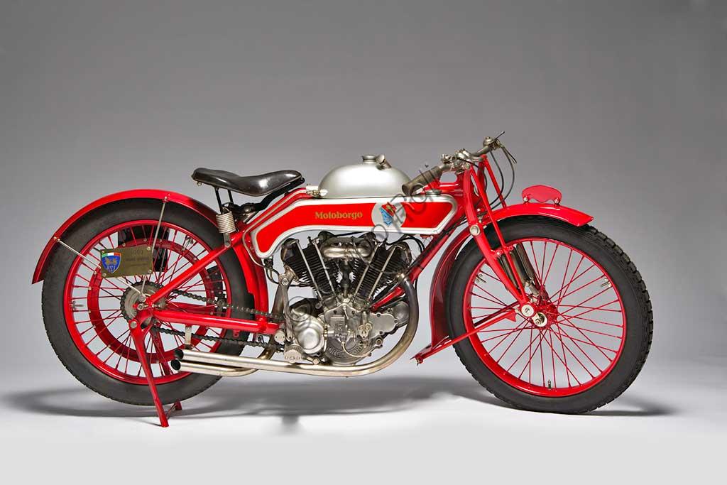 Ancient Motorbike Motoborgo 500