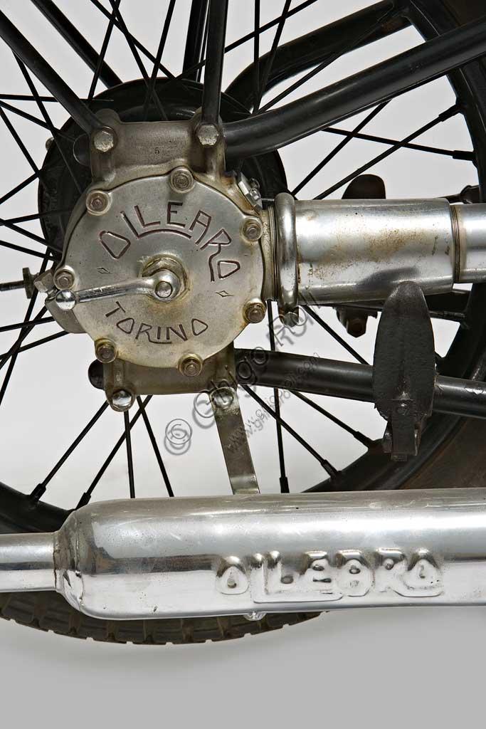 Ancient Motorbike Ollearo Tipo Quattro 175. Wheel
