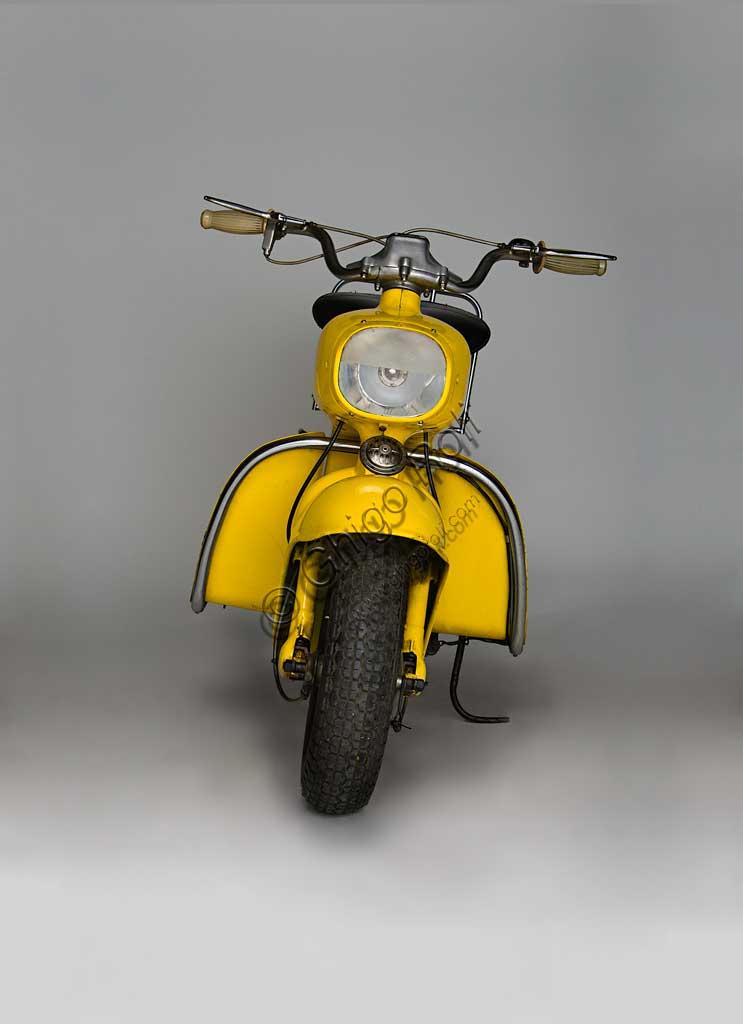 Ancient Motorbike Rumi Formichino. Scooter.