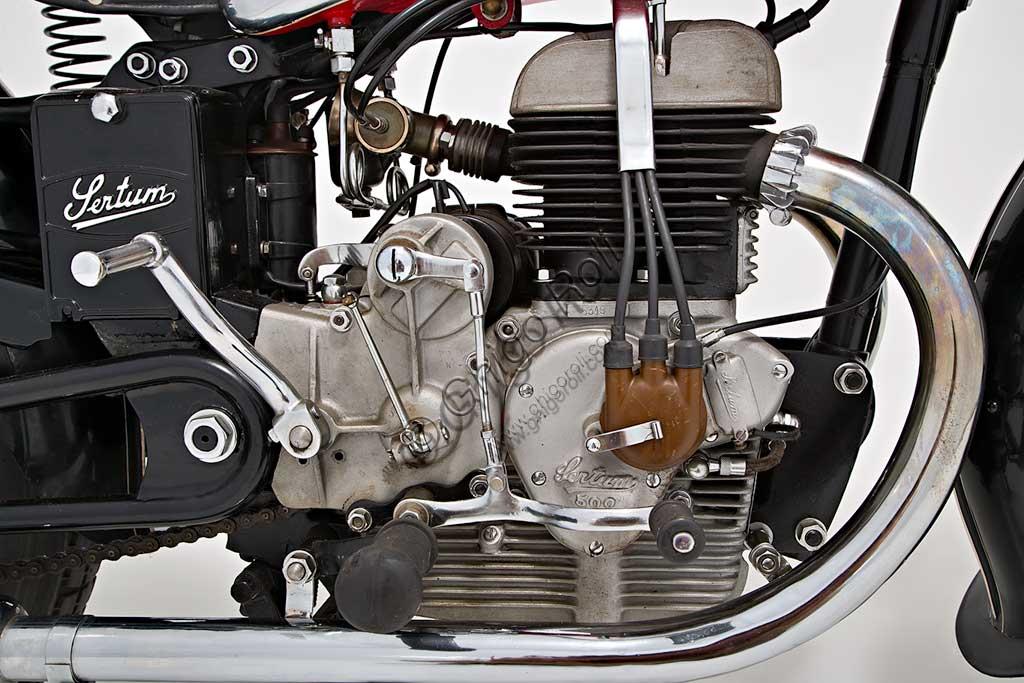 Ancient Motorbike Sertum 500 VL. Engine.