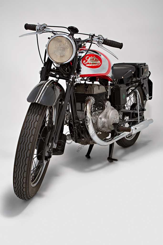 Ancient Motorbike Sertum 500 VL.