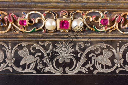 Genoa, Museum of the Treasury of the Cathedral of San Lorenzo: Cabinet of the ashes of St. John the Baptist. Florentine manufacture; XVI-XVII century; silver gilt, enamel, pearls, semi-precious stones. Detail.It was probably a jewelry box, that belonged to the Pinceti family who sold it to the Cathedral.