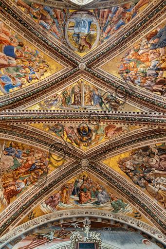 Orvieto,  Basilica Cathedral of Santa Maria Assunta (or Duomo), the interior, Chapel Nova or St. Brizio Chapel, the vault: frescoes by Beato Angelico (1447 -9) and Luca Signorelli (1500 - 1502).