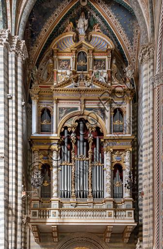 Orvieto,  Basilica Cathedral of Santa Maria Assunta (or Duomo), the interior, presbitery: organ.