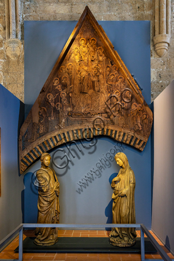 Orvieto, MODO (Museum of the Opera of the  Duomo of Orvieto): Annunciation, wooden sculpture from the choir of the Duomo, by Terzo Maestro d'Orvieto, wood statues with traces of polychromy, first twenty years of the fifteenth century.
