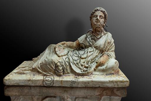 Orvieto, Museum Faina: earthenware urn.