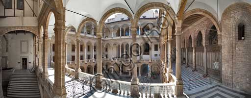 Palermo, The Royal Palace or Palazzo dei Normanni (Palace of the Normans), The Maqueda Courtyard: view.