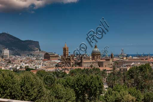 Palermo: view of the town from the Porta Nuova Tower. At the centre, the Cathedral dedicated to the Assumption of the Virgin Mary.