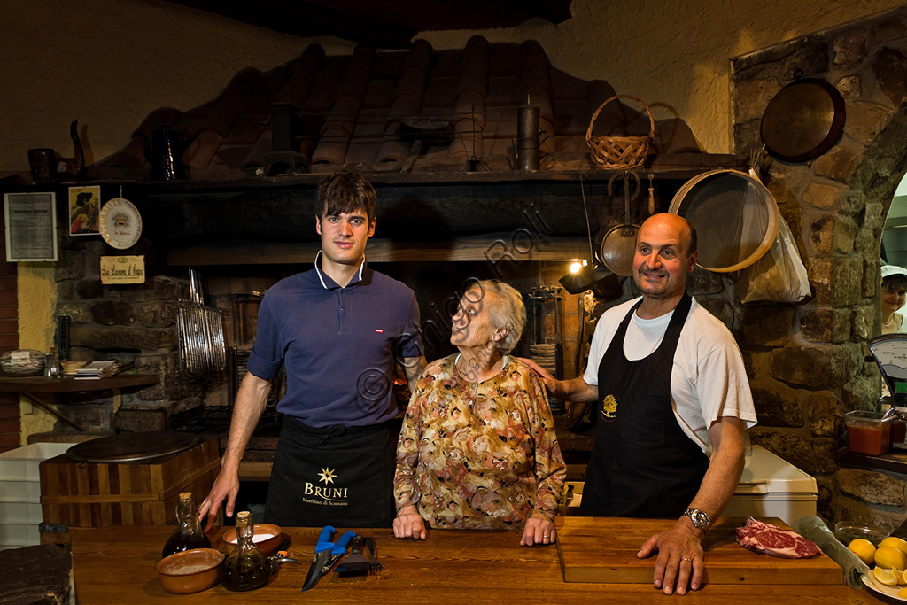 """Da Palmira"" Restaurant: the owner Roberto on the right with his mother Palmira and his son Fabio."