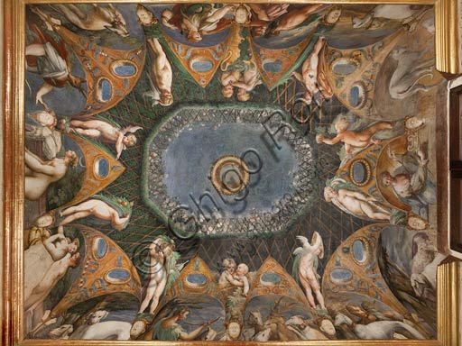 Parma, Fontanellato, Rocca Sanvitale, room of Diana and Actaeon: view of the ceiling with the cycle of frescoes by Parmigianino (Girolamo Francesco Maria Mazzola) depicting the myth of Diana and Actaeon, taken from Ovid's Metamorphoses. The room, frescoed in 1524, probably was the bathroom of Paola Gonzaga, wife of Galeazzo Sanvitale.
