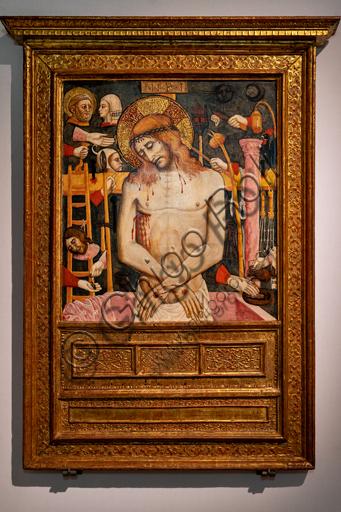 """Perugia, Galleria Nazionale dell'Umbria: """"Arma Christi( Cristo morto e simboli della Passione), di ambito di Mariano d'Antonio, 1440 - 50, tempera su tavola."""