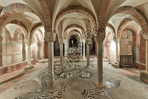 Piacenza, S. Savino Basilica: crypt with floor mosaic dedicated to the signs of Zodiac (XII century).