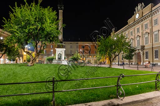 Piacenza: night view of the façade of the Episcopal Palace and the Gardens.