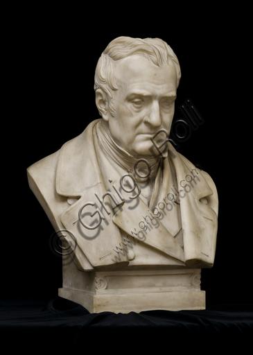 """Pietro Tenerani (1789 - 1869): """"Busto di Giuseppe Molza"""" (marmo)."""