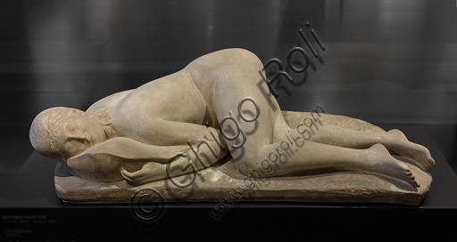 """Museo Novecento: """"La pisana"""", di Arturo Martini, 1933. Terraglia patinata chiara."""