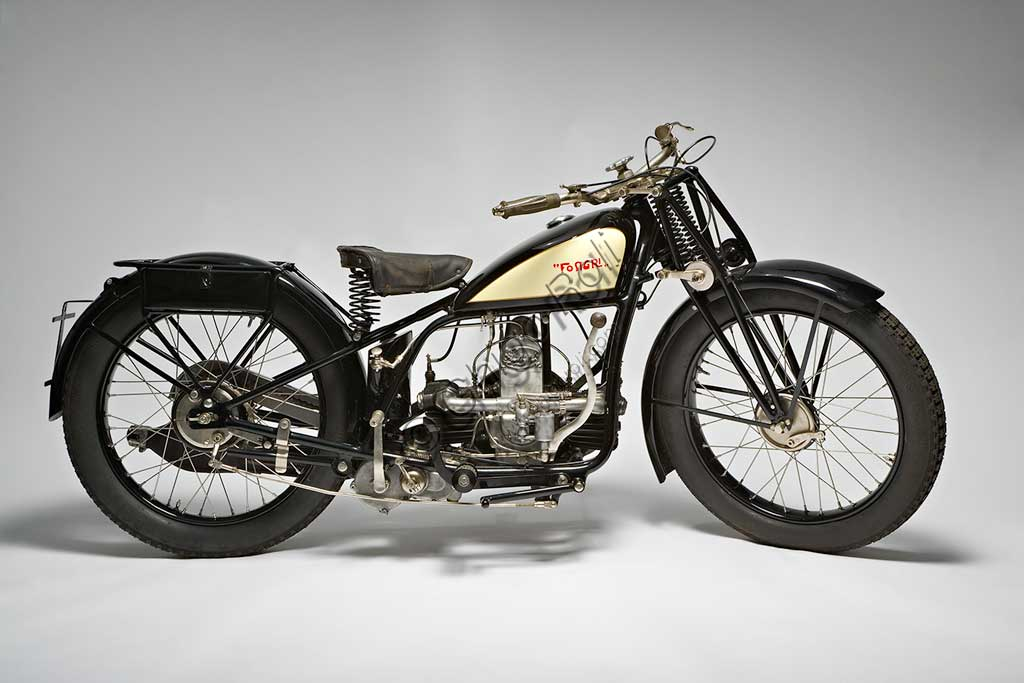 Ancient Motorbike Fongri Sport Lusso 575