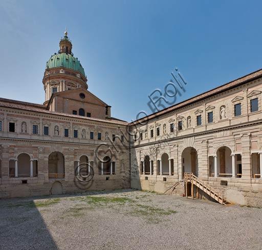 Reggio Emilia, St. Peter Monastery (XVI century): one of the cloisters.