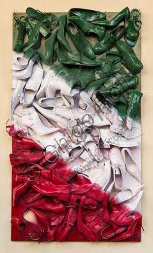 Reggio Emilia: work with shoes on the Italian flag.