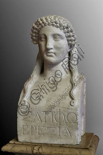 Roma, Musei Capitolini:  Busto (erma) di Saffo, poetessa greca.